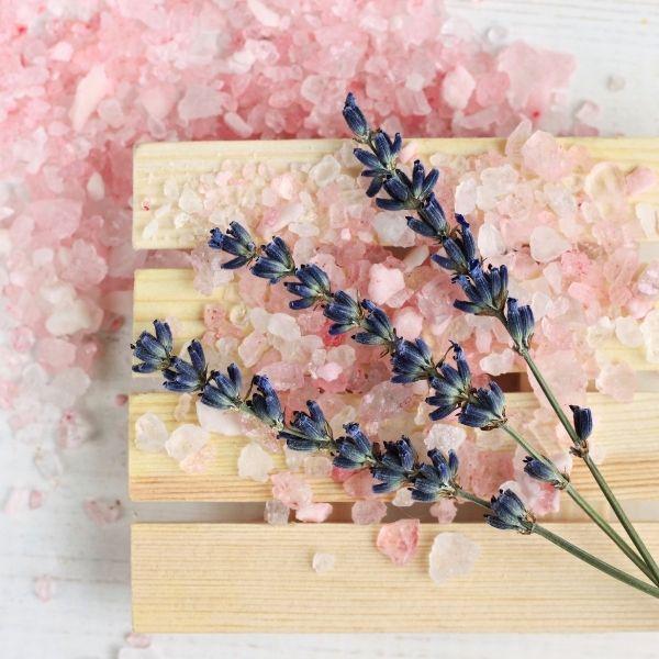 розовая соль и лаванда