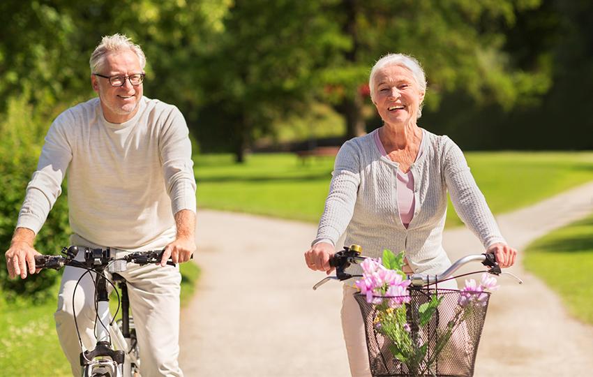 Витамины и минералы, которые необходимы вашему организму с возрастом