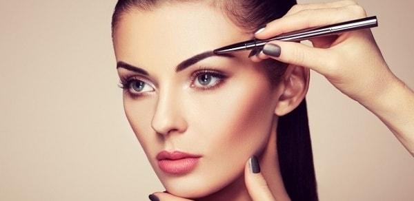 Уроки макияжа. Идеальная форма бровей