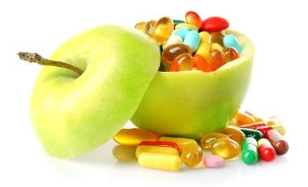 яблоко и капсулы