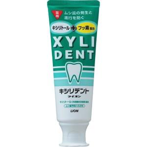 Освежающая лечебная зубная паста Lion Xyli Dend
