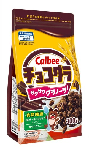 Шоколадная гранола с железом и кальцием Calbee Granola Chocolate